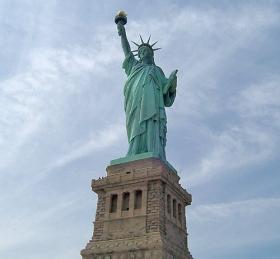 Die Freiheitsstatue in New York (© Lizas Welt)