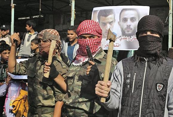 Ungebrochener Friedenswillen: Hamas-Mitglieder feiern die Tat der beiden Synagogen-Attentäter. Gaza, 18. November 2014.