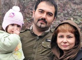 Soheil Arabi mit seiner Ehefrau  Nastaran Naimi und seiner Tochter