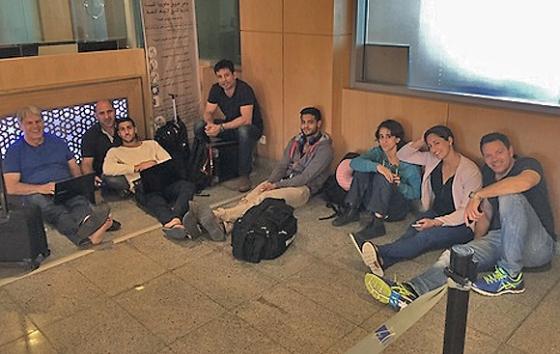 Die Mitglieder der israelischen Judo-Delegation werden am Flughafen festgehalten. Rabat (Marokko), 20. Mai 2015.