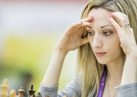 Die amerikanische Schach-Meisterin Nazi Paikidze (© Nazi Paikidze, via Twitter)