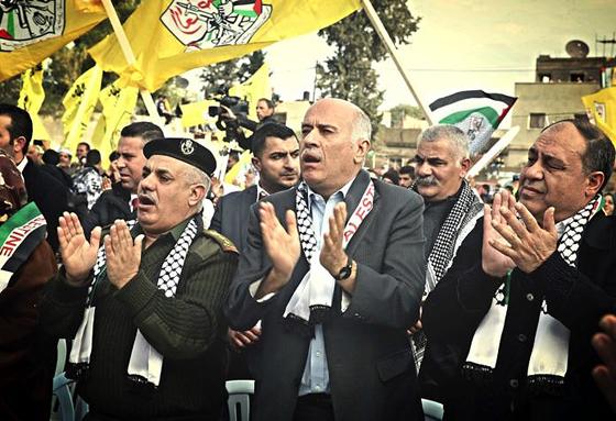 Jibril Rajoub (Bildmitte), Präsident des palästinensischen Hohen Rats für Jugend und Sport (© RevealJibril)
