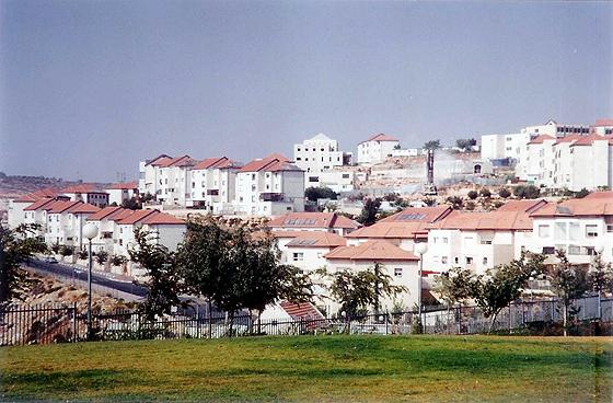 Die israelische Siedlung Beitar Illit im Westjordanland, © Yoninah mit CC-BY-2.5-Lizenz via Wikimedia Commons